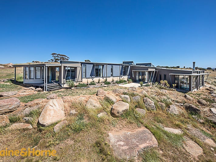105 Loemans Road, Bulla, Vic 3428