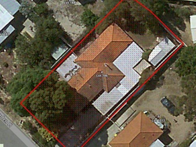 4 Munden Place, Kelmscott, WA 6111