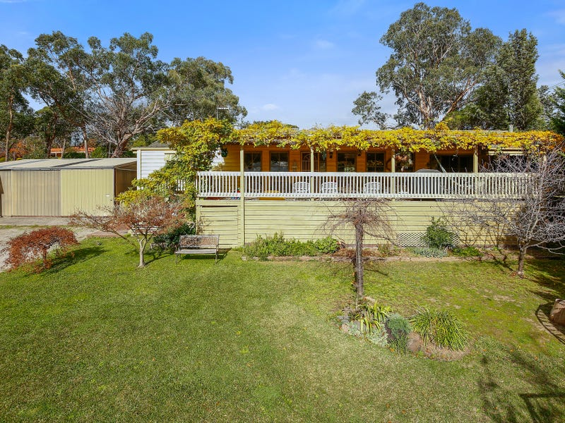 23 Cairncroft Avenue, Launching Place, Vic 3139