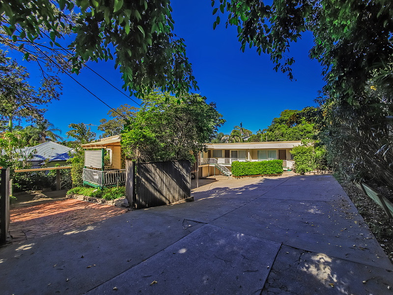 467 Cavendish Road, Coorparoo, Qld 4151