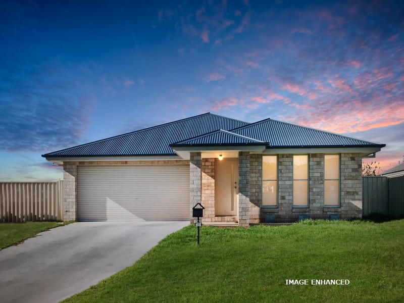 16 Franco Drive, Griffith, NSW 2680