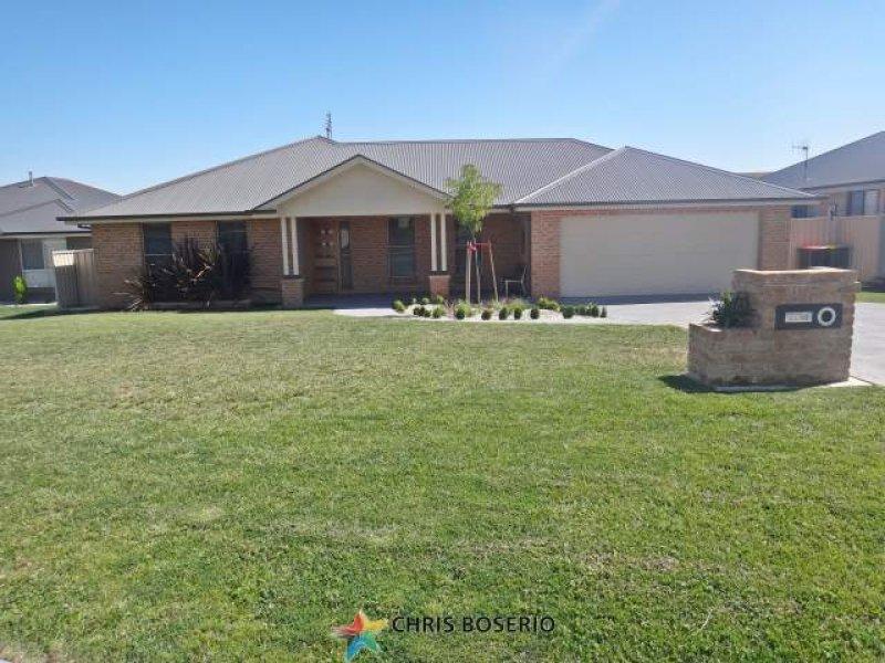 43 Cheviot Drive, Bathurst, NSW 2795
