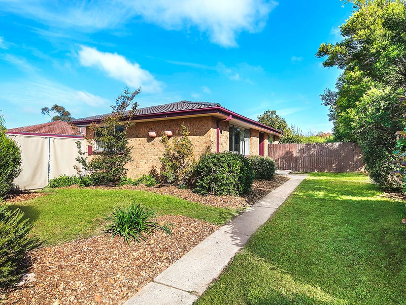 7 Tebbutt Place, Charnwood, ACT 2615