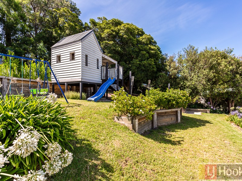 13 The Crescent, Ferntree Gully, Vic 3156