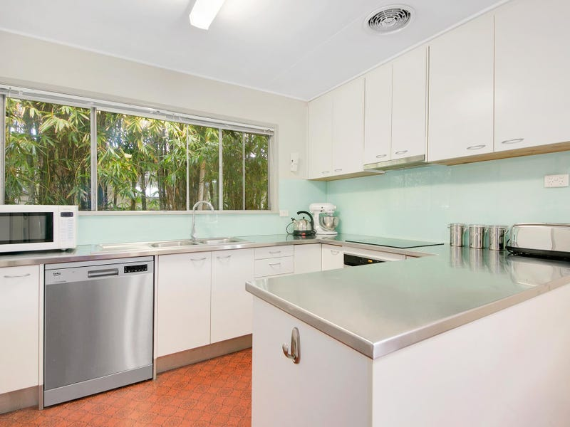 4 Canfield Street, Nathan, Qld 4111