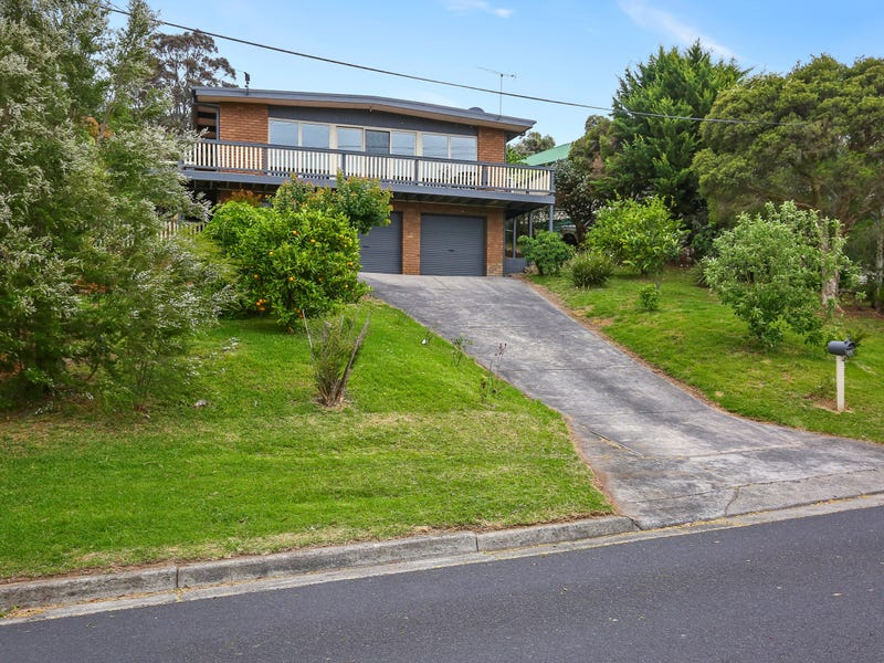 26 Alpine Boulevard, Launching Place, Vic 3139