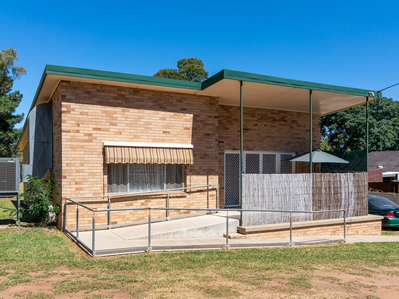 90 Allonby Avenue, Forest Hill, NSW 2651