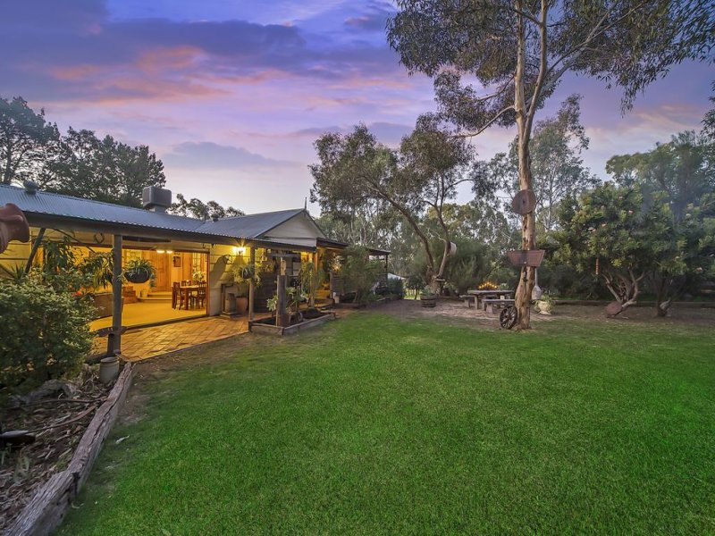 3 Cockatoo Lane, Cockatoo Valley, SA 5351