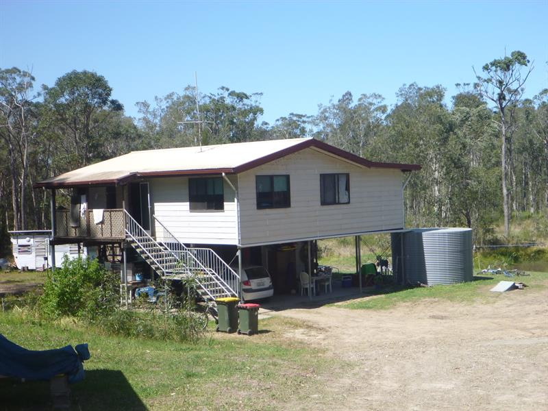 554 Shallow Bay Rd, Coomba Park, NSW 2428
