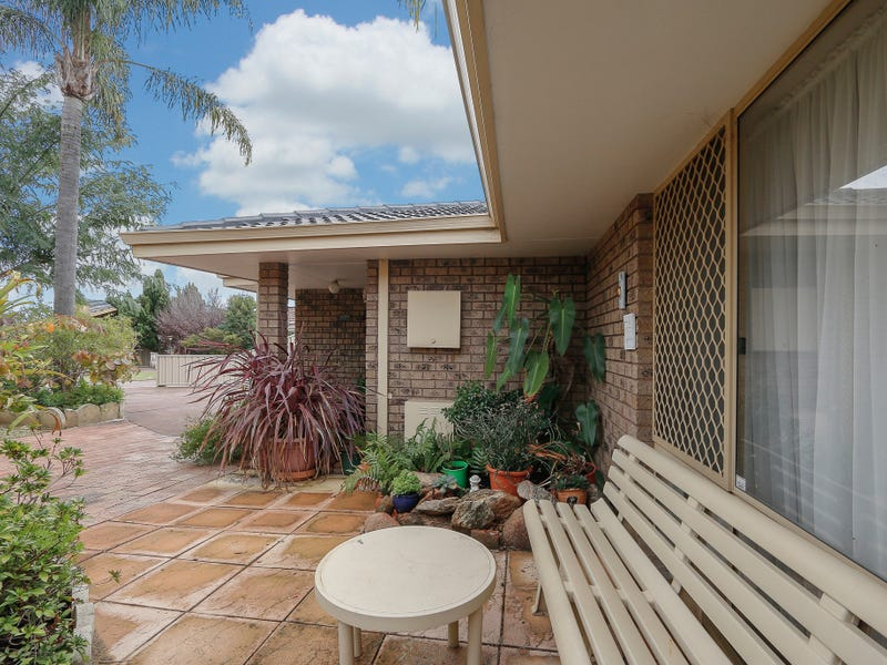 7 Woodspring Grove, Ballajura, WA 6066