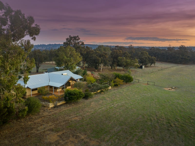 39 Cook Road, Bakers Hill, WA 6562