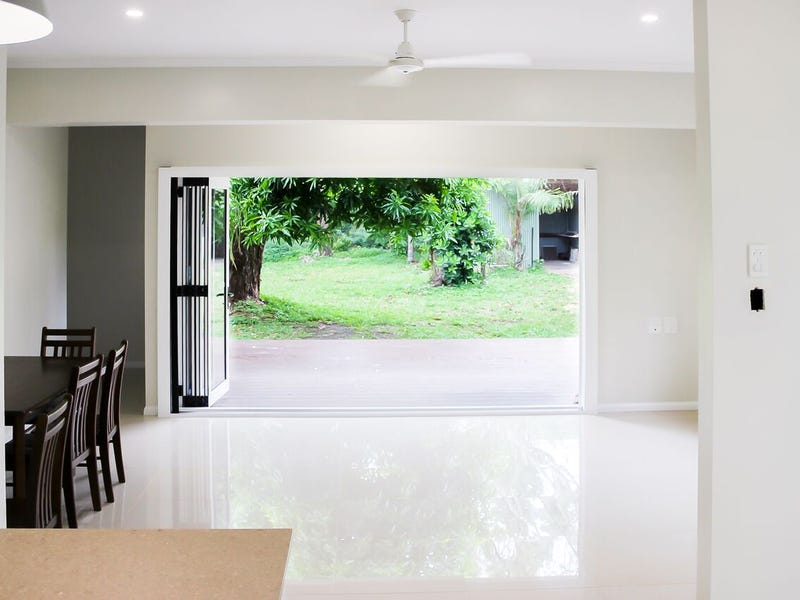 54 Racecourse Road, Cooktown, Qld 4895