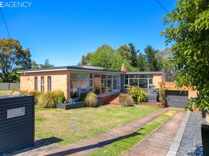 1-3 Surrey Street, Devonport, Tas 7310