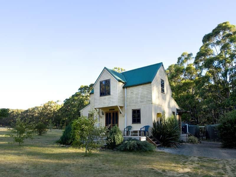 35 Dwyers Road, Korweinguboora, Vic 3461