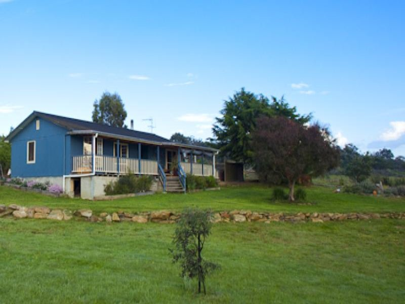 27 Kestral Place, Wamboin, NSW 2620