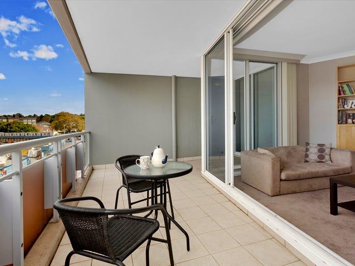 207/12 Howard Avenue, Dee Why, NSW 2099