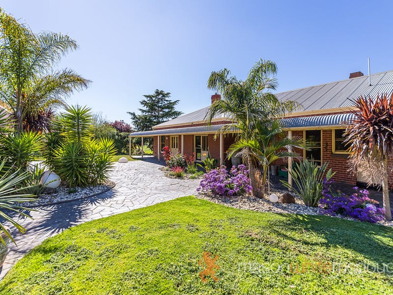 1135 Arthurs Creek Road, Arthurs Creek, Vic 3099