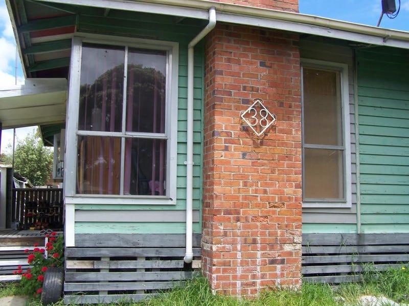 38 Churchill Road, Morwell, Vic 3840