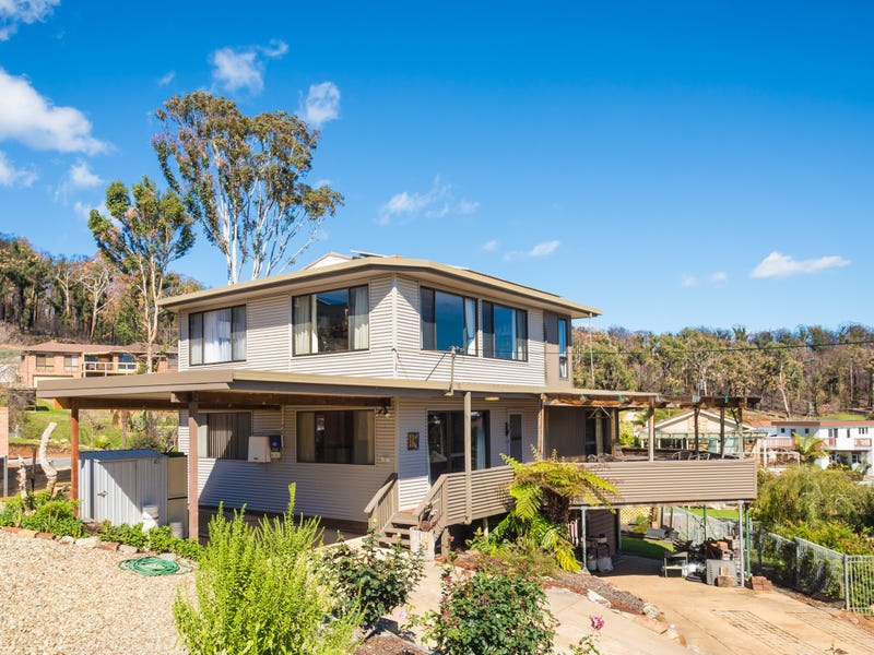 11 Bay View Drive, Tathra, NSW 2550