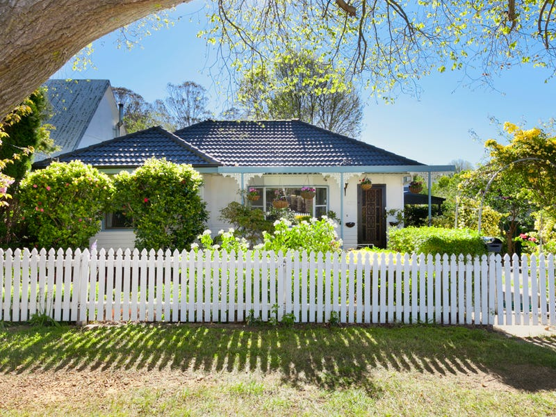 19 Sheffield Street, Bowral, NSW 2576