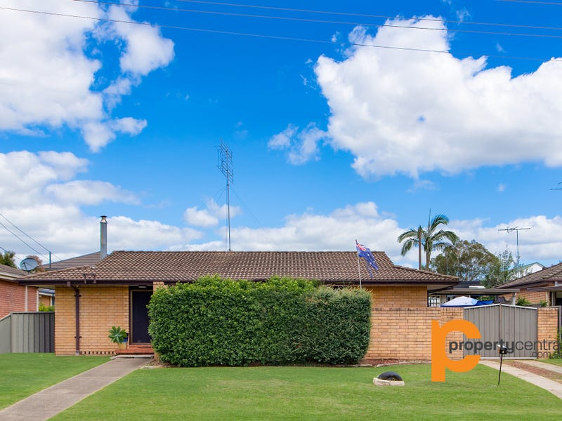 4 Greenhills Avenue, South Penrith, NSW 2750