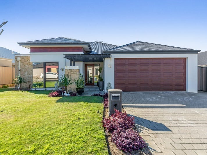 57 Tranquility Crescent, Aveley
