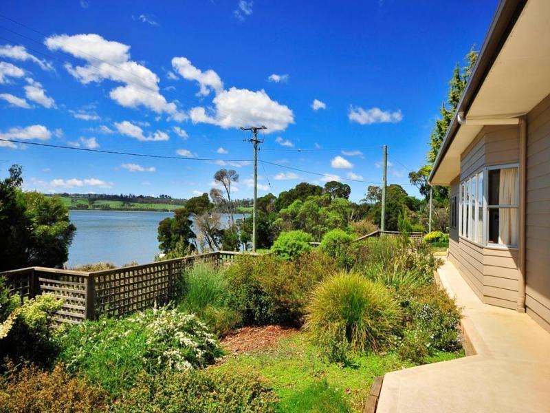 51 Bonnie Beach Road, Kayena, Tas 7270