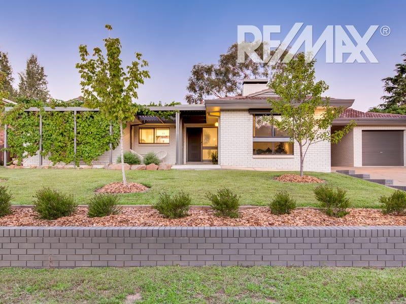 14 Churchill Avenue, Kooringal, NSW 2650