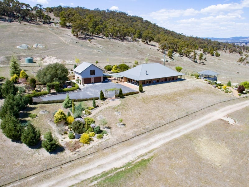 1557 Tarana Road, Locksley, NSW 2795