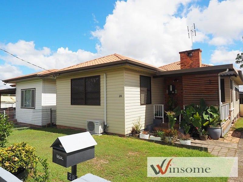 28 Tabrett Street, West Kempsey, NSW 2440