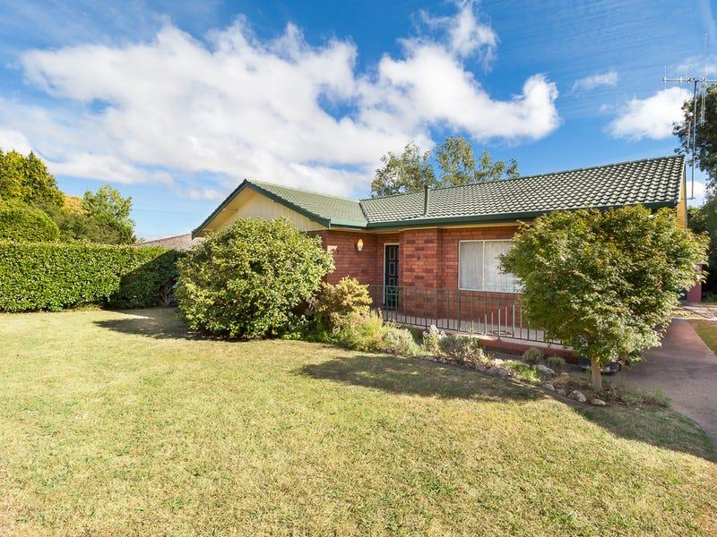 2 Larela Circuit, Orange, NSW 2800