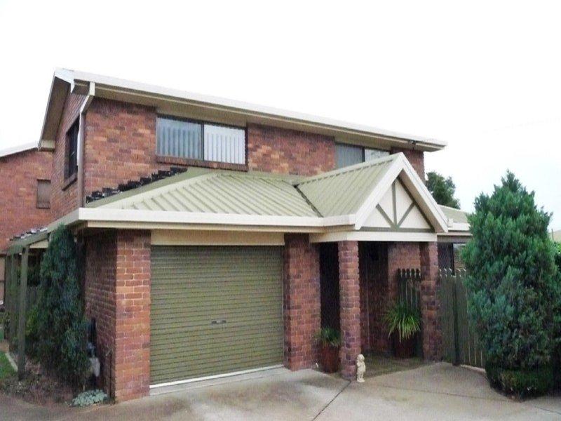 Villa One, 1 Broadfoot Street, Kearneys Spring, Qld 4350
