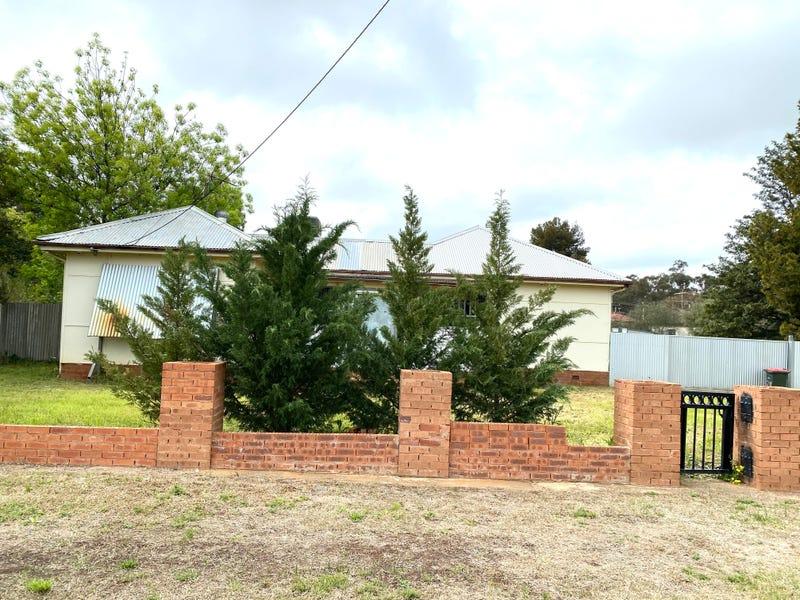 87 WALLACE STREET, Coolamon, NSW 2701