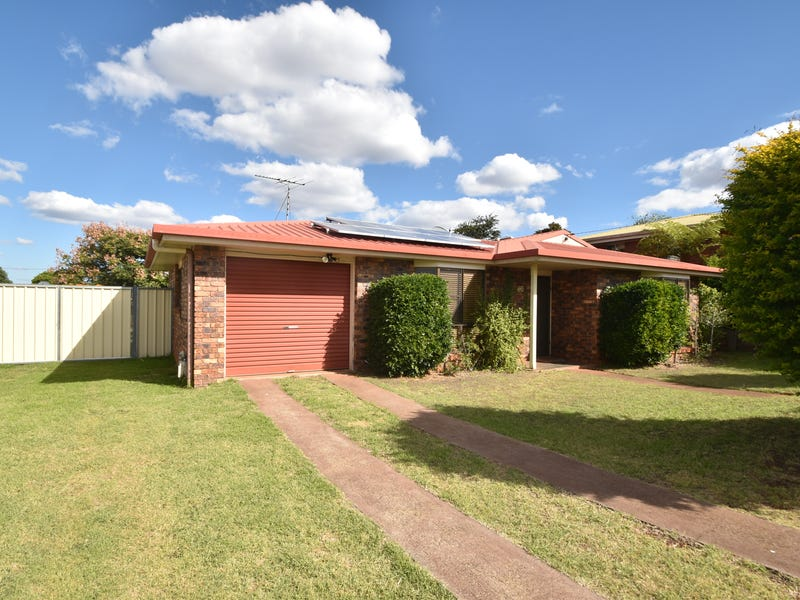 10 Traminer Drive, Wilsonton Heights, Qld 4350