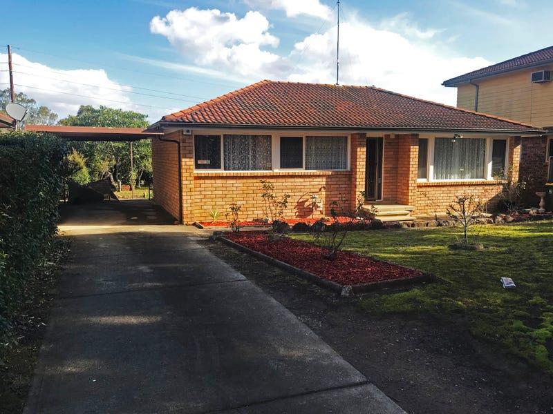 49 Pinaroo Crescent, Bradbury, NSW 2560