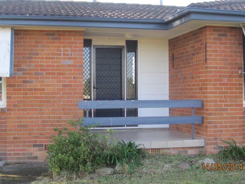13 Ronald Road, Taree, NSW 2430