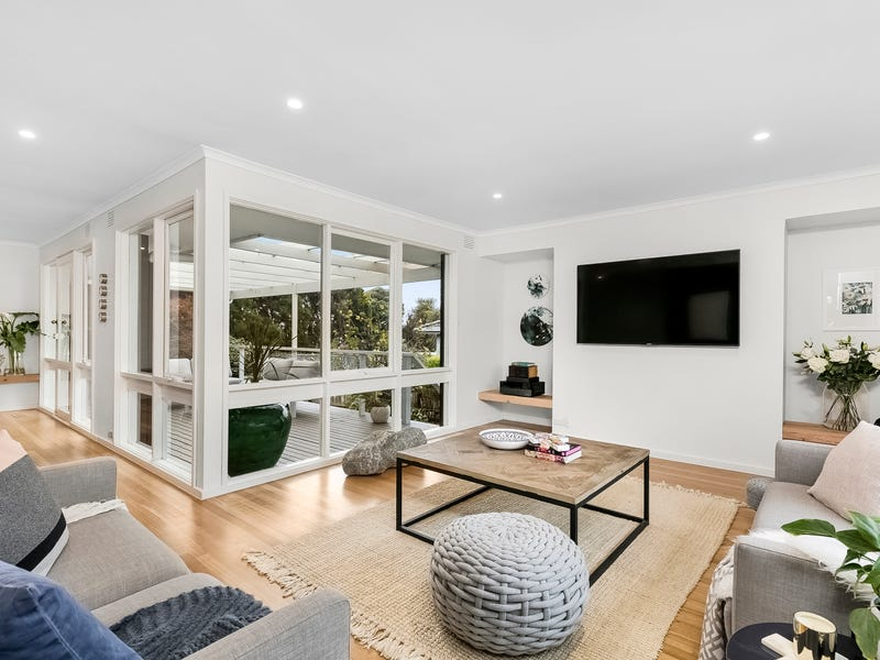 945 Ferntree Gully Road, Wheelers Hill, Vic 3150