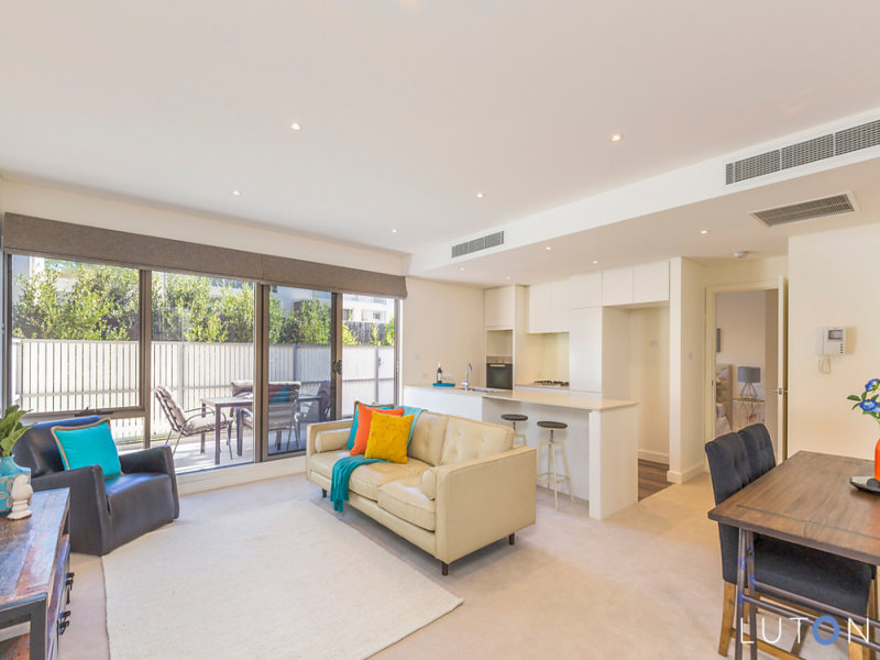 15/19 State Circle, Forrest, ACT 2603