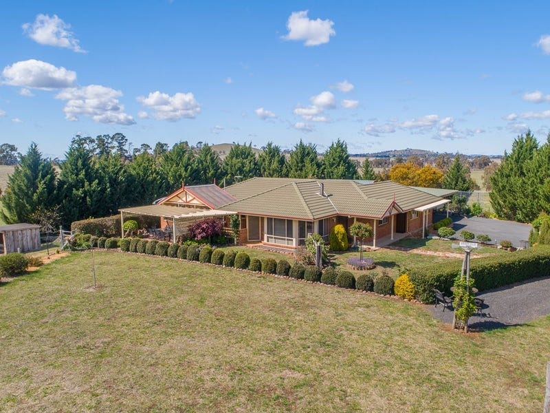 "764 Boorolong Road  ""Braefield"", Armidale, NSW 2350"