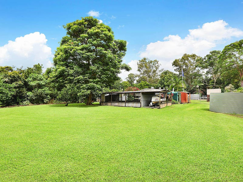 8 Carruthers Road, Woombye, Qld 4559