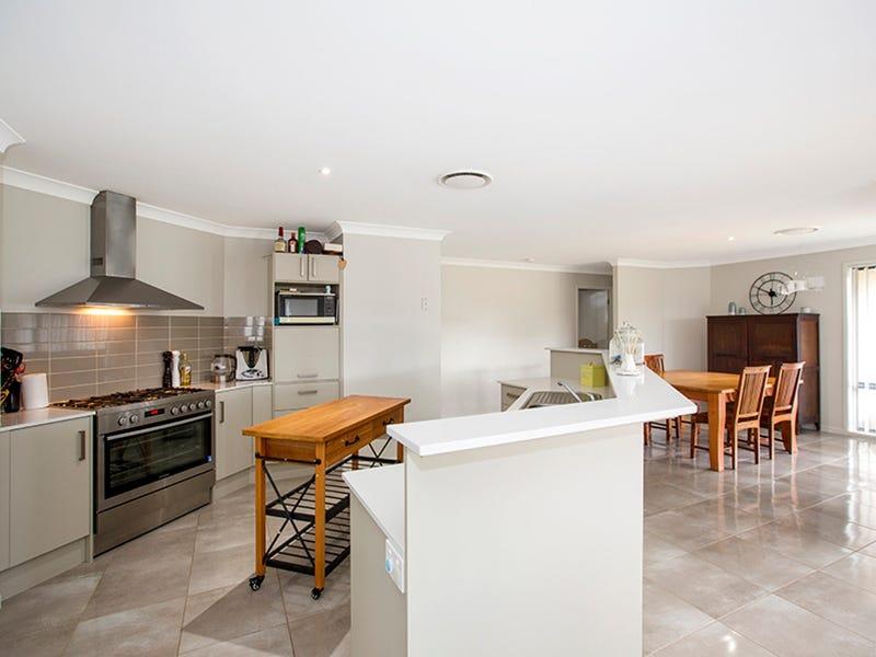 2/9 Silversmith Place, Gunnedah, NSW 2380