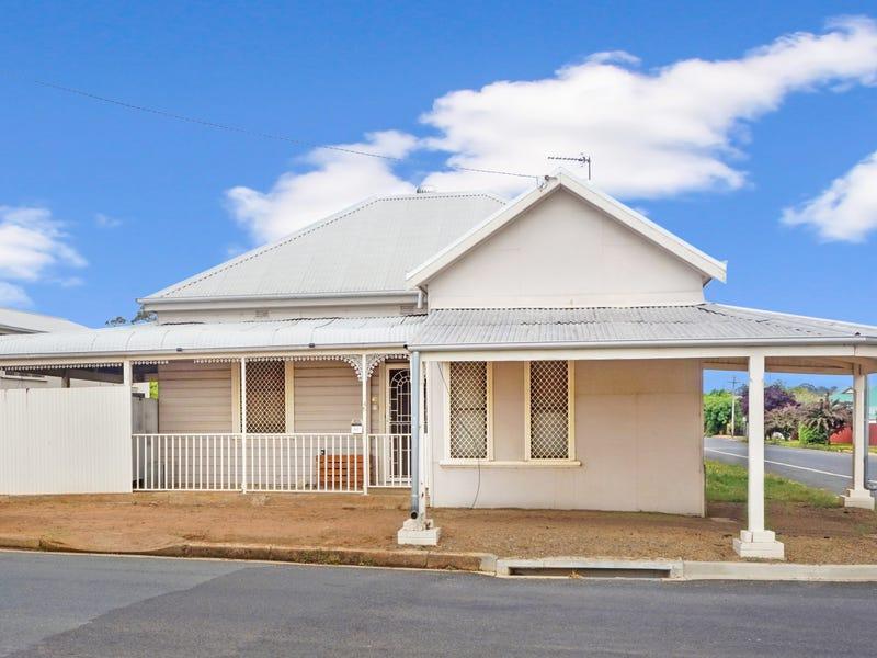 46 Regent St, Junee, NSW 2663