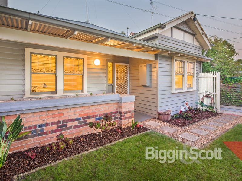 528 Humffray Street South, Golden Point, Vic 3350