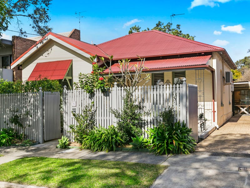 9 Young Street, Georgetown, NSW 2298