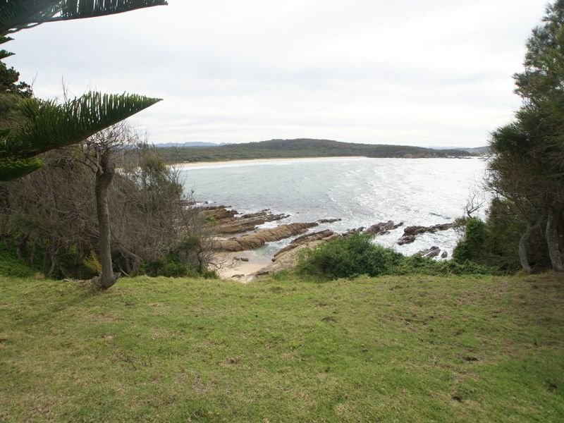 5 Comerang Place, Potato Point, NSW 2545