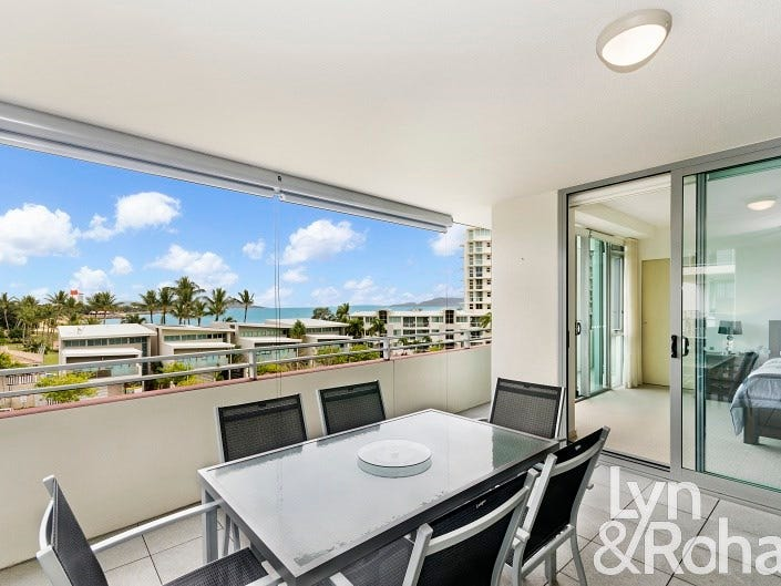 2409/6 Mariners Drive, Townsville City, Qld 4810