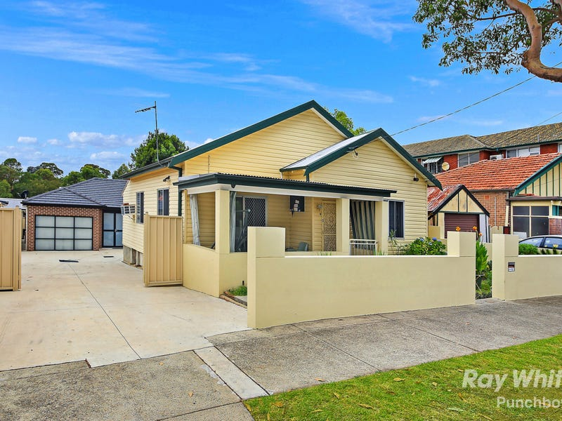 6 RENOWN AVENUE, Wiley Park, NSW 2195