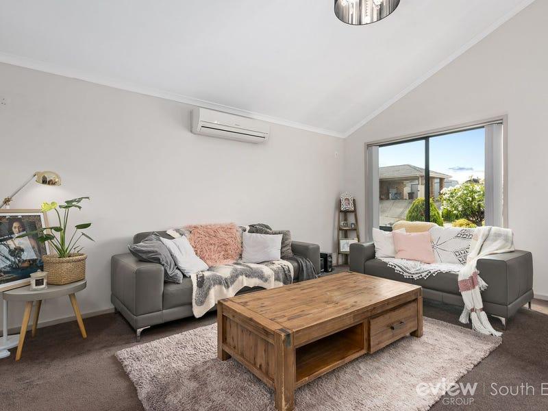 3 Culcairn Court, Narre Warren South, Vic 3805
