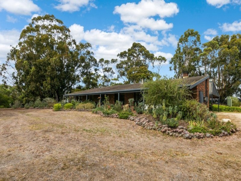 1060 Anglesea Road, Freshwater Creek, Vic 3217