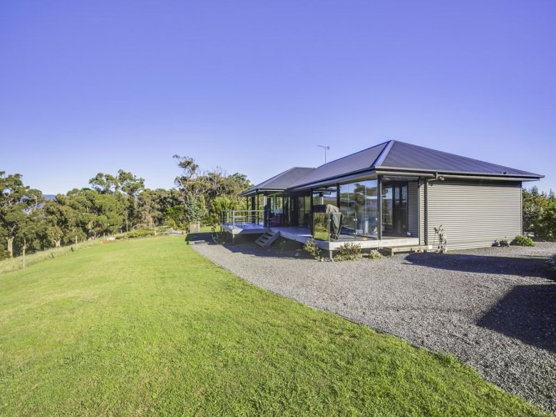 126 Clarence Point Rd, Clarence Point, Tas 7270